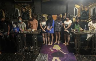 Vĩnh Phúc: Chủ quán karaoke lén phục vụ 19 khách bất chấp lệnh cấm