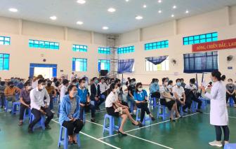 Sở Y tế Quảng Nam phải kiểm điểm vì tiêm vắc xin không đúng đối tượng ưu tiên