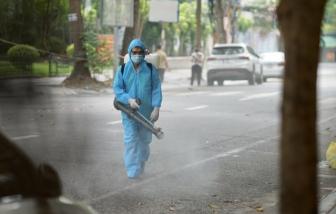 Phong tỏa toàn bộ ngõ 651 Minh Khai do 20 ca nhiễm SARS-CoV-2
