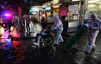 Thái Lan tăng hạn chế COVID-19, Trung Quốc đối mặt đợt bùng phát dịch tồi tệ