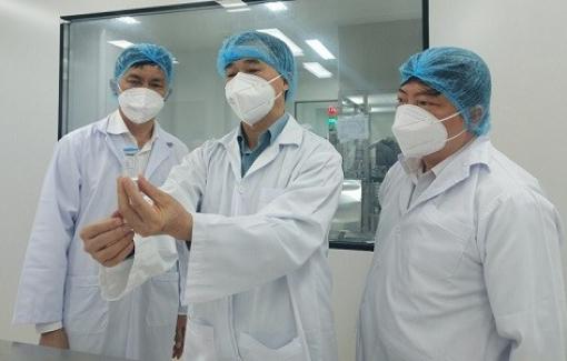 """Đơn vị nghiên cứu vắc xin """"made in Vietnam"""" kiến nghị tiêm cho 500.000 - 1 triệu người"""