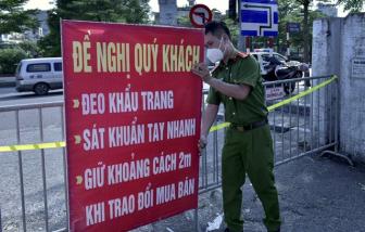 Chợ hoa quả lớn nhất Hà Nội chính thức bị phong tỏa