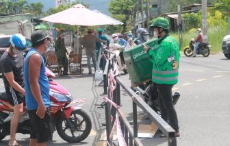 Đà Nẵng: Lấy giấy đi đường của công ty rồi đưa cho hàng xóm để 'thông chốt' mùa giãn cách