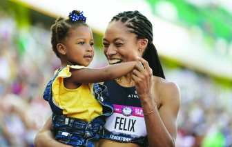 """Những người mẹ """"vàng"""" tại đấu trường Olympic"""