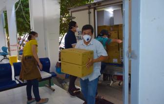 TPHCM: vắc xin vẫn còn đầy kho, người dân nên chờ lịch tiêm chủng