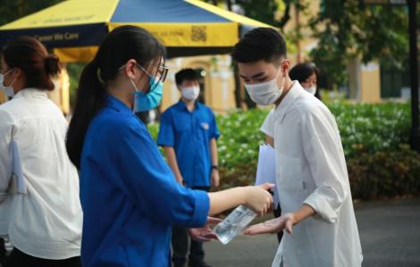 11.421 thí sinh đến làm thủ tục dự thi tốt nghiệp THPT đợt 2