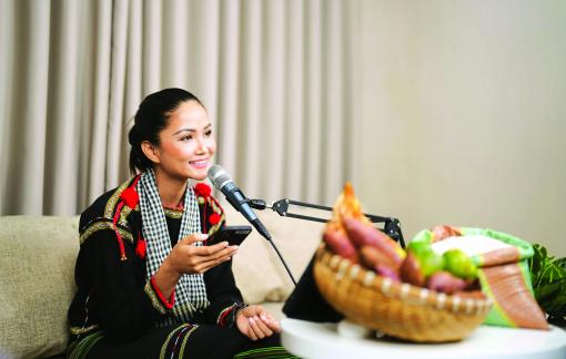 Hoa hậu H'Hen Niê: Sự thiện lương từ đại ngàn