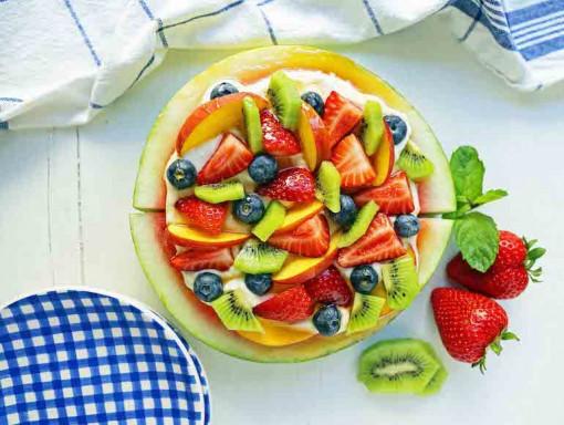 12 gợi ý cho bánh sinh nhật từ trái cây mùa dịch