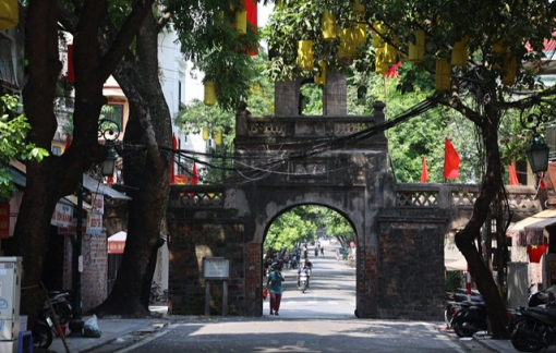 Cửa ô còn nguyên vẹn duy nhất của Hà Nội không đóng cửa vì dịch COVID-19
