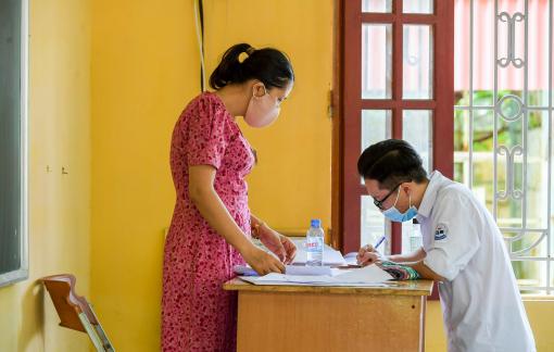 Thí sinh tại Hà Nội khó điều chỉnh nguyện vọng xét tuyển vào đại học