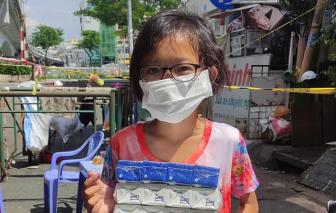 Tặng 16.800 hộp sữa tươi cho 700 trẻ em bị ảnh hưởng bởi dịch COVID-19
