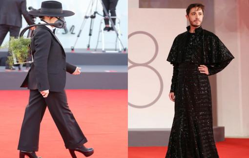 Những trang phục lạ, lố trên thảm đỏ LHP Venice 2021