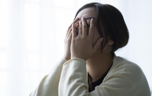 Mệt mỏi vì gia đình xúi bỏ chồng