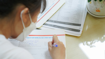 Sau lọc ảo, điểm chuẩn đại học biến động cỡ nào?