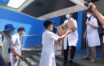 600 sinh viên Trường đại học Y dược Cần Thơ 'hành quân' xuống Kiên Giang chống dịch