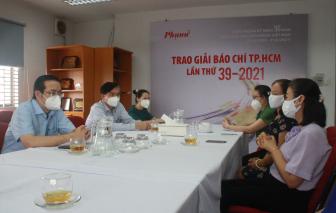 Ban Tuyên giáo Thành ủy TPHCM thăm hỏi, động viên phóng viên, biên tập viên nhiễm COVID-19