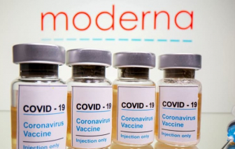 Moderna cảnh báo khả năng miễn dịch nhờ vắc xin giảm dần theo thời gian