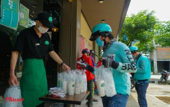 Ngày đầu shipper hoạt động liên quận: Chen nhau mua trà sữa