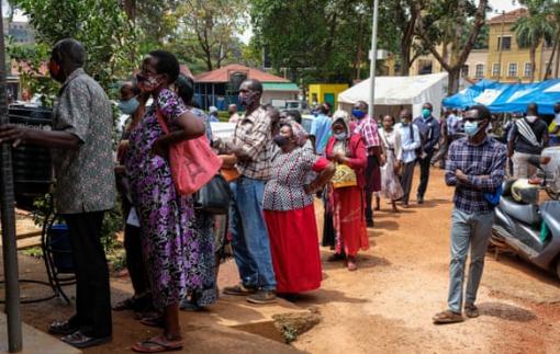 Nguy cơ xuất hiện các biến thể mới, chết người ở châu Phi do thiếu vắc xin COVID-19