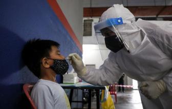 Malaysia: Số ca mắc COVID-19 và tử vong ở trẻ em tăng vọt