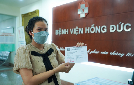 Bệnh viện đa khoa Hồng Đức triển khai tiêm vắc xin COVID-19 cho thai phụ và bà mẹ đang cho con bú
