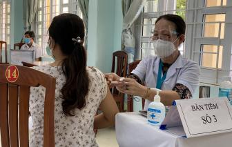 Bộ Y tế đề nghị rà soát, vận động phụ nữ mang thai trên 13 tuần tiêm vắc xin COVID-19
