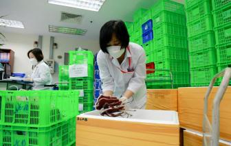 Hà Nội chi viện máu hiếm cho TPHCM