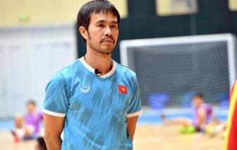 HLV tuyển Futsal Phạm Minh Giang vắng mặt trận gặp Nga vì nhiễm COVID-19