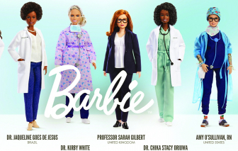"""Chuyện về bộ búp bê Barbie """"nữ anh hùng tuyến đầu chống COVID-19"""""""