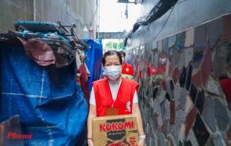 Gia đình 8 người đều thất nghiệp, nhờ chính quyền hỗ trợ lương thực để sống qua ngày