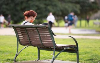 Sức khỏe tâm thần của trẻ ngày càng trầm trọng vì COVID-19