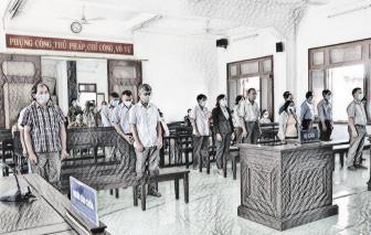 Xét xử sơ thẩm 18 bị cáo trong vụ lộ đề thi công chức ở Phú Yên