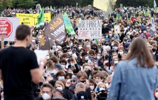Giới trẻ Đức tuyệt vọng về vấn đề khí hậu