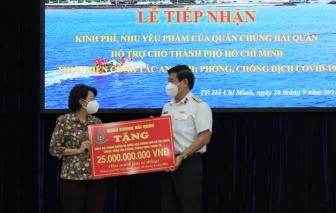 Bộ Tư lệnh Hải quân hỗ trợ TPHCM 25 tỷ đồng và 135 tấn gạo để chống dịch