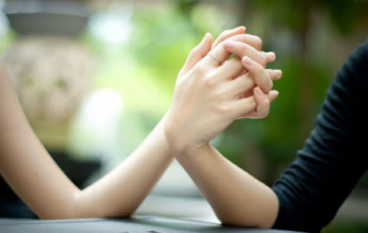 Hơn 42% người trong độ tuổi 30 ở Hàn Quốc chưa kết hôn vì lo ngại kinh tế mờ mịt
