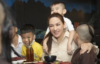 Ai sẽ chăm lo cho các con nuôi của ca sĩ Phi Nhung?