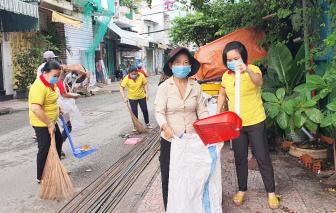 """Ra quân """"Tháng phụ nữ vì cộng đồng"""": Vệ sinh môi trường - chăm sóc trẻ em"""