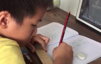 TPHCM chăm lo, bù đắp tinh thần cho học sinh lớp 1