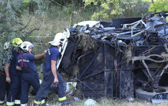 Ít nhất 43 người thương vong trong vụ tai nạn xe buýt nghiêm trọng ở Nepal