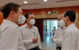 """Bí thư Thành ủy TPHCM: """"Dịch bệnh còn diễn biến khó lường"""""""