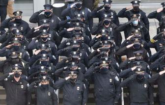62% số cảnh sát Mỹ tử vong năm 2020 do COVID-19