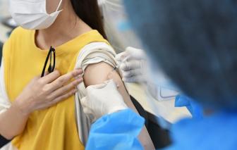 Tiêm vắc xin COVID-19 cho trẻ theo từng bước thận trọng