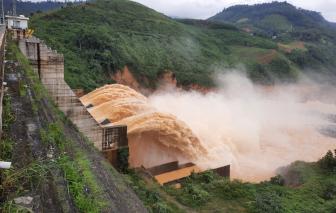 4 thủy điện lớn ở Quảng Nam đồng loạt xả lũ