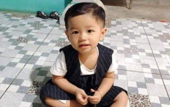 Bình Dương: Bé trai 2 tuổi mất tích bí ẩn khi đang chơi trước sân nhà