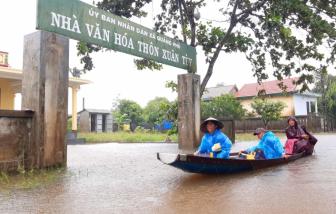 Mưa lớn ngập lụt chia cắt nhiều nơi, 3 người ở Thừa Thiên - Huế và Quảng Trị mất tích