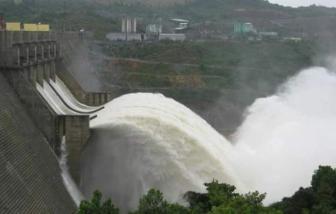 Thừa Thiên - Huế, Hà Tĩnh: Thủy điện cấp tập xả lũ, hạ du ngập nặng