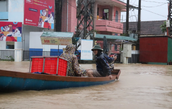 Lũ dâng cao, Quảng Bình chuẩn bị di dời dân