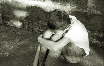 Lời khẩn cầu từ sự im lặng của trẻ