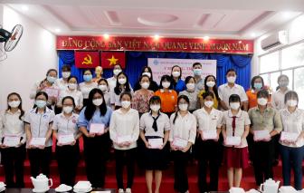 Trao 180 suất học bổng Nguyễn Thị Minh Khai cho các nữ sinh