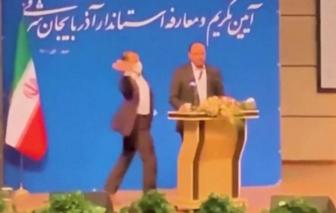 """Thống đốc một tỉnh tại Iran """"ăn tát"""" ngay giữa lễ nhậm chức"""